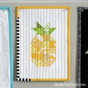Pineapple Mini Quilt and a Giveaway!