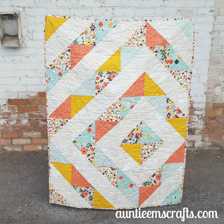 Fancy and Fabulous HST Quilt | AuntieEmsCrafts.com
